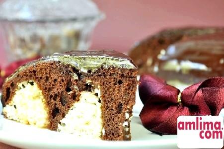 Шоколадний торт з сирними кульками - подарунок для шокоманов