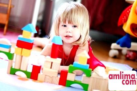 Специфіка розвитку і пізнання світу дитиною на два роки