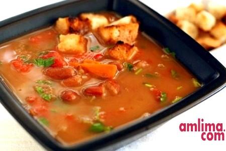 Суп пюре з квасолі. Рецепти різні, супи різноманітні