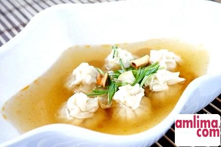 Суп з пельменями - рецепт інтернаціольнальний