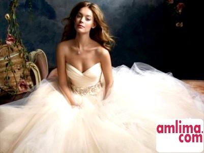 Весільні прикраси: гармонія форми і кольору