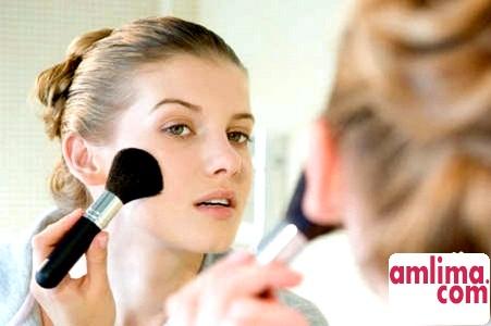 Тональна основа - запорука ідеального макіяжу