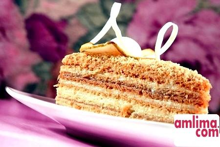 Торт Наполеон: зі згущеним молоком, медом, сметаною - всі можливі рецепти!