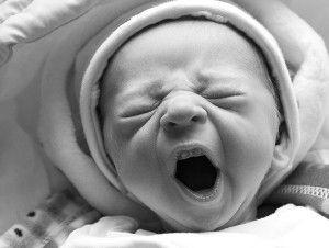 У новонародженого тремтить підборіддя