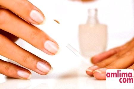 Догляд за нігтями, або Манікюрний салон на дому