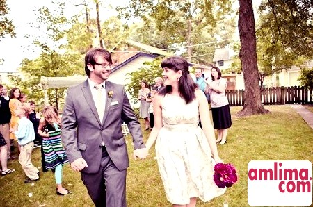 У перший весільний годок дарують ситцевий очіпок