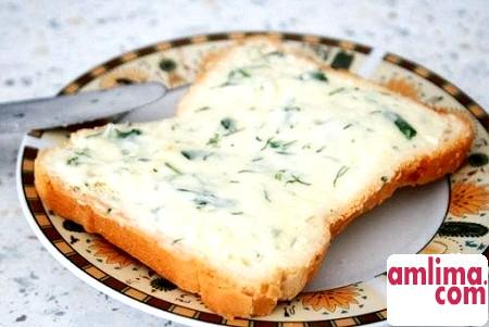 плавлений сир із зеленню