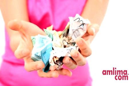 Питання, яке хвилює багатьох жінок: чи можна подати на аліменти, перебуваючи у шлюбі?
