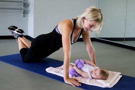 Фото - гімнастика після пологів