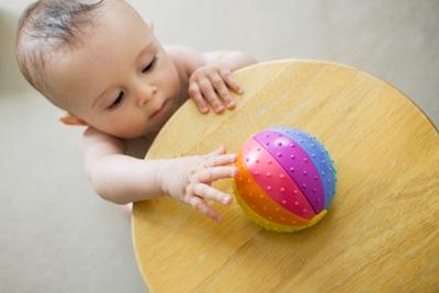 Фото - дитина в 11 місяців