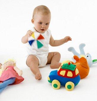Все про розвиток дитини в 8 місяців (календар розвитку)