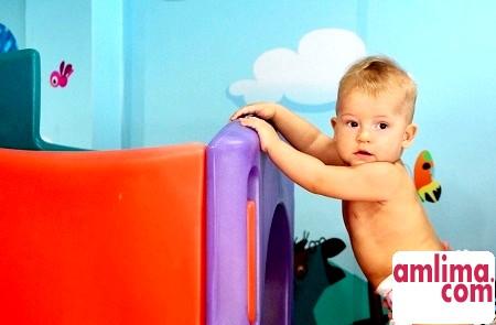 Все про розвиток дитини в 9 місяців