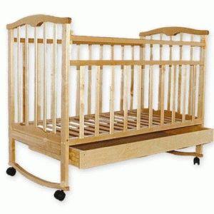 Фото - Дерев`яне ліжечко для новонародженого