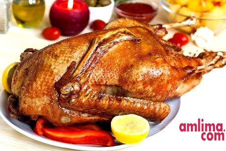 Смажена качка з яблуками: готуємо з любов'ю